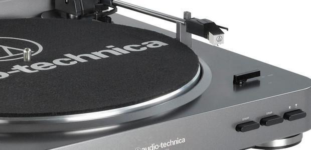 Audio Technica AT-LP60USB lemezjátszó